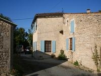 French property, houses and homes for sale inASNIERES LA GIRAUDCharente_Maritime Poitou_Charentes