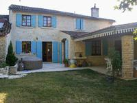 French property for sale in ASNIERES LA GIRAUD, Charente Maritime - €240,750 - photo 6