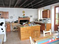 French property for sale in FOUSSAIS PAYRE, Vendee - €149,330 - photo 4