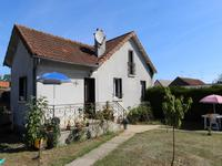 French property for sale in ST SAVIN, Vienne - €205,200 - photo 2