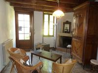 French property for sale in Pons, Charente Maritime - €92,000 - photo 1