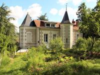 chateau à vendre à FAVEROLLES SUR CHER, Loir_et_Cher, Centre, avec Leggett Immobilier