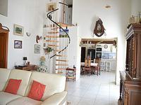 French property for sale in FUMEL, Lot et Garonne - €294,250 - photo 4