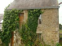 French property for sale in LESCOUET GOUAREC, Cotes d Armor - €170,000 - photo 2