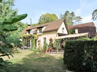 French property for sale in ST LEON SUR VEZERE, Dordogne - €344,000 - photo 10
