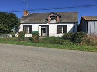 French property, houses and homes for sale inLA SELLE CRAONNAISEMayenne Pays_de_la_Loire