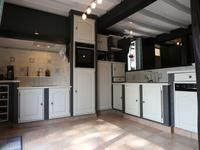 French property for sale in NIEUL LE VIROUIL, Charente Maritime - €386,900 - photo 4