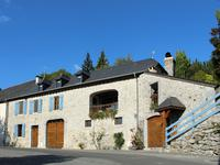 French property for sale in LOUVIE JUZON, Pyrenees Atlantiques - €243,800 - photo 10