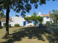 French property, houses and homes for sale inPEAULTVendee Pays_de_la_Loire