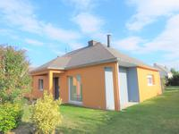 French property for sale in PEAULE, Morbihan - €299,000 - photo 3