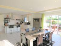 French property for sale in PEAULE, Morbihan - €299,000 - photo 5