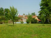 French property for sale in ST MARTIAL SUR ISOP, Haute Vienne - €304,950 - photo 3
