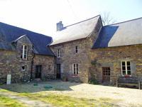 French property for sale in RUFFIAC, Morbihan - €371,000 - photo 2