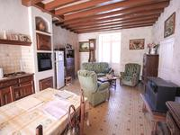 French property for sale in ROULLET ST ESTEPHE, Charente - €345,000 - photo 3