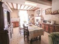 French property for sale in ROULLET ST ESTEPHE, Charente - €345,000 - photo 2