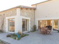 French property for sale in HOULETTE, Charente - €397,500 - photo 2