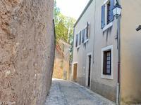 Périgord noir - Charmante maison au coeur d'un village médiéval à proximité de tous commerces.