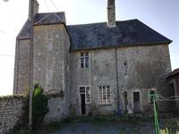French property for sale in MONTMARTIN EN GRAIGNES, Manche - €235,400 - photo 4