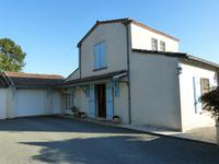 French property for sale in PINEUILH, Gironde - €270,300 - photo 3