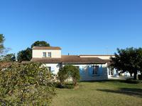 French property for sale in PINEUILH, Gironde - €270,300 - photo 2