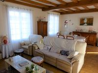 French property for sale in PINEUILH, Gironde - €270,300 - photo 6