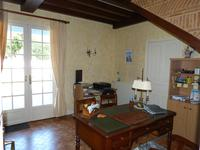 French property for sale in PINEUILH, Gironde - €270,300 - photo 10