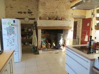 French property for sale in STE GEMME LA PLAINE, Vendee - €477,000 - photo 3