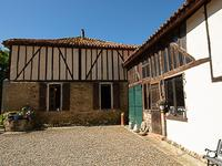 French property for sale in AIRE SUR L ADOUR, Gers - €267,500 - photo 4