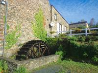 French property for sale in SIZUN, Finistere - €424,000 - photo 2
