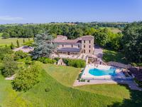 chateau for sale in STE RADEGONDEGironde Aquitaine
