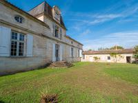 chateau for sale in LANGONGironde Aquitaine
