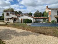 French property for sale in STE GEMME, Deux Sevres - €162,000 - photo 1