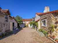 French property for sale in MARIGNY MARMANDE, Indre et Loire - €214,000 - photo 2