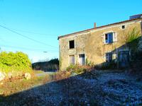 French property for sale in CHIVES, Charente Maritime - €29,000 - photo 4