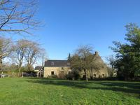 French property for sale in ALLAIRE, Morbihan - €296,400 - photo 2