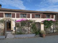 French property for sale in PAIZAY LE TORT, Deux Sevres - €375,000 - photo 3