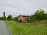 French property for sale in ROUGNAC, Charente - €26,000 - photo 2