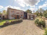 French property for sale in ST GEORGES DE LONGUEPIERRE, Charente Maritime - €178,200 - photo 1