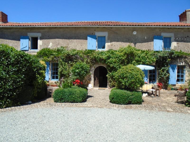Maison à vendre à (85390) - Vendee