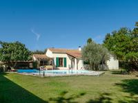 French property for sale in TAILLADES, Vaucluse - €409,500 - photo 2