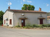 French property for sale in FRONTENAY SUR DIVE, Vienne - €30,000 - photo 1