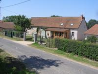 French property for sale in BELLENAVES, Allier - €287,000 - photo 1