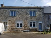 French property for sale in PLOUGUENAST, Cotes d Armor - €89,925 - photo 1