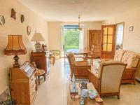 French property for sale in REILLANNE, Alpes de Hautes Provence - €235,400 - photo 2