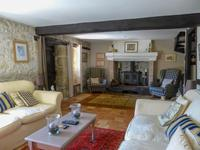 French property for sale in MONBAHUS, Lot et Garonne - €299,500 - photo 4