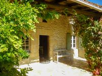 French property for sale in MONBAHUS, Lot et Garonne - €299,500 - photo 2