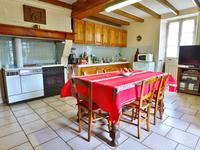 French property for sale in LES ESSARDS, Charente - €167,400 - photo 4