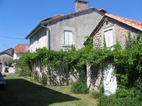 French property for sale in BOURDEILLES, Dordogne - €280,900 - photo 2