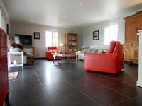 French property for sale in LEZIGNAC DURAND, Charente - €344,500 - photo 3