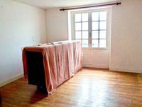 French property for sale in ROCHEFORT EN TERRE, Morbihan - €130,800 - photo 6